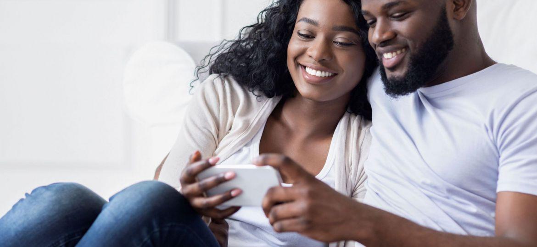 young-couple-browsing-social-media