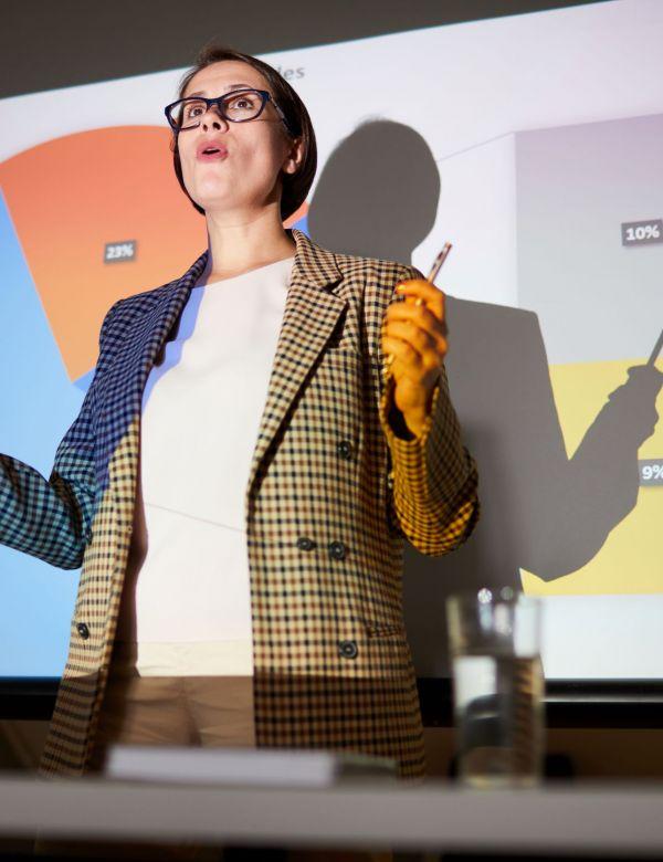 confident-lady-explaining-data