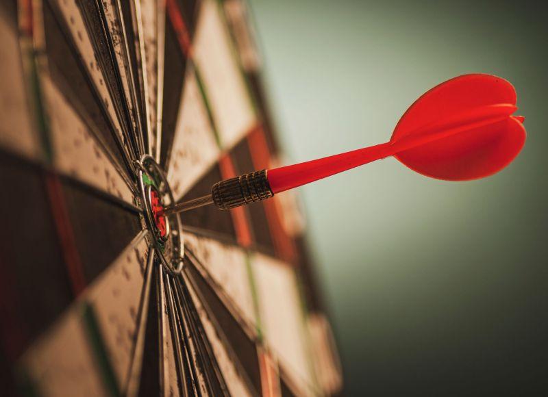 successful-bulls-eye-centre-dart-on-a-target